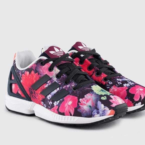 f8d217bb2aa9 ZX Flux Trainer Adidas Torsion 6 Kids 8 Women Rare